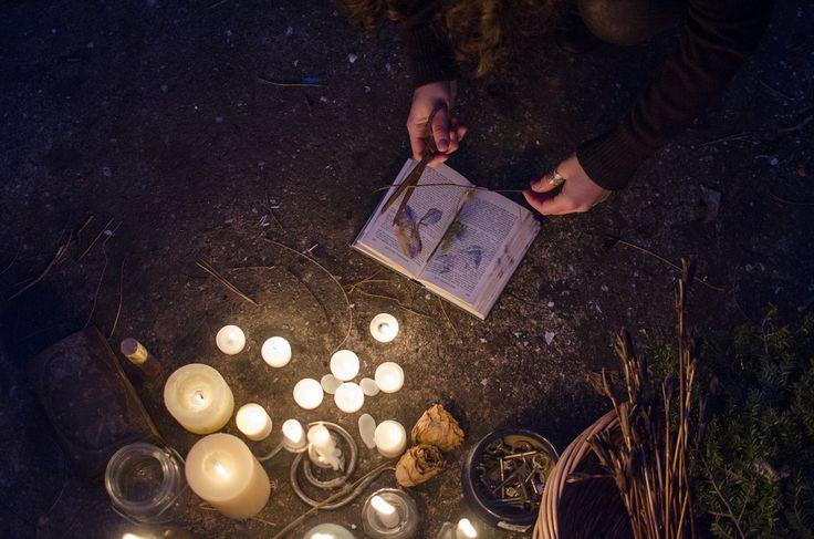 Веретничество включает и кладбищенскую магию