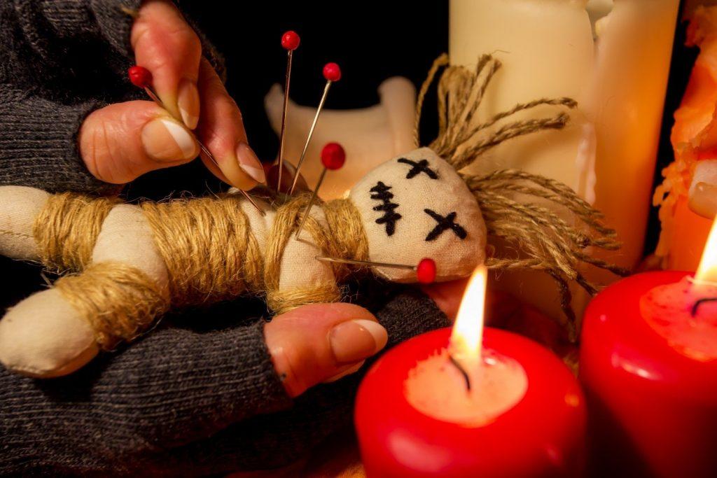 Уничтожение куклы вуду