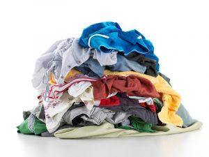 почему нельзя подбирать чужую одежду