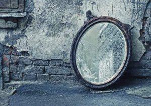 Зеркала - опасные находки, которые ломают судьбу